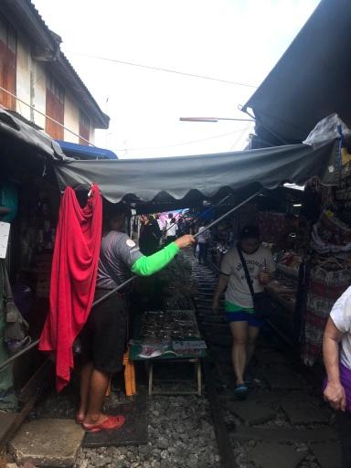 hoop rom market